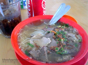 Beef in Rice Noodles and good ol' Coke for lunch!