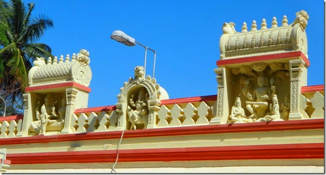 CS Experience India-Bangalore-Mamtha-Temple-Entrance-Statues