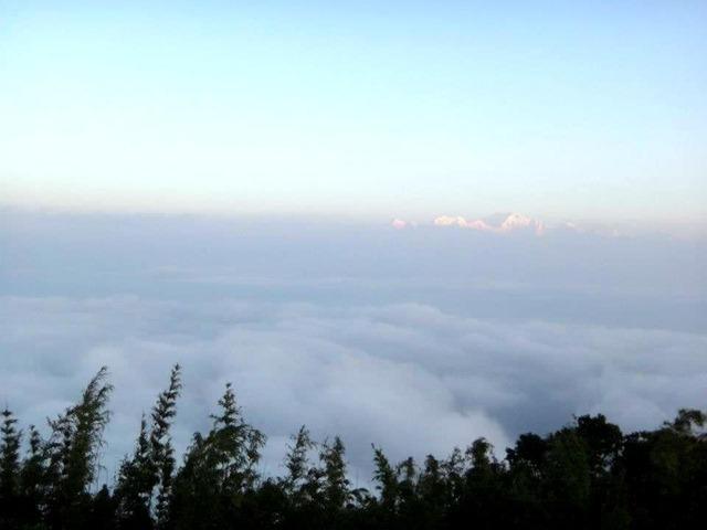 FotoFolio Darjeeling Kanchenjunga Mountain at Sunrise 2
