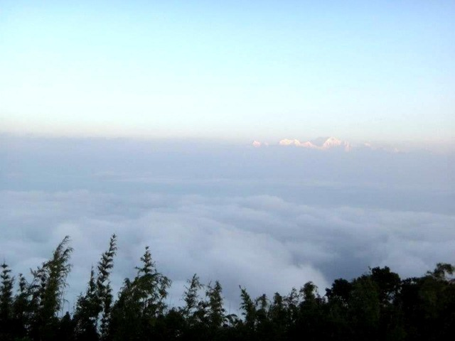 FotoFolio Darjeeling Kanchenjunga Mountain at Sunrise 2