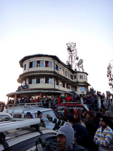 FotoFolio Darjeeling Kanchenjunga Mountain at Sunrise View Deck