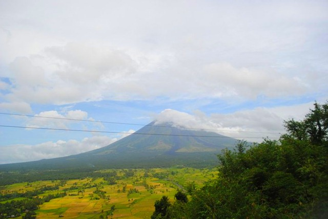 Mayon Volcano Lignon Hill - Zipline
