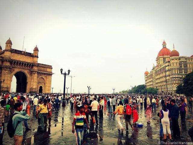 FotoFolio - South Mumbai - Gateway of India and Taj Hotel