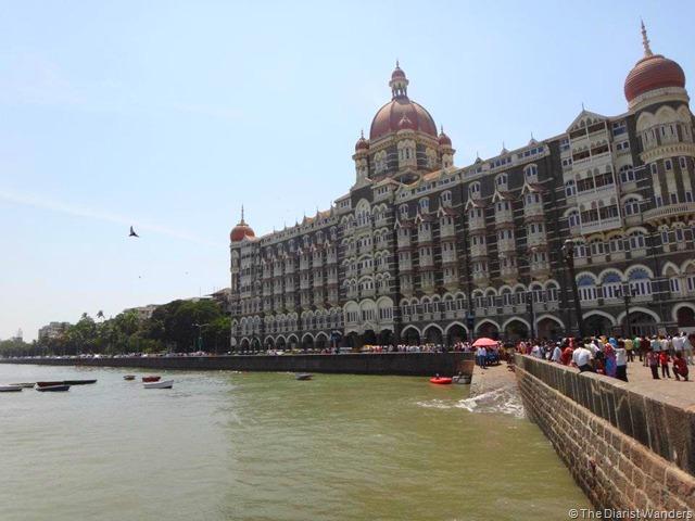 FotoFolio - South Mumbai - Taj Mahal Hotel and Arabian Sea