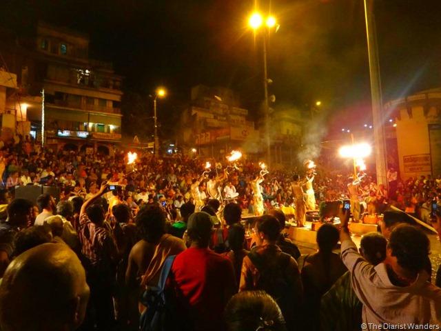 Varanasi Puja - Crowd