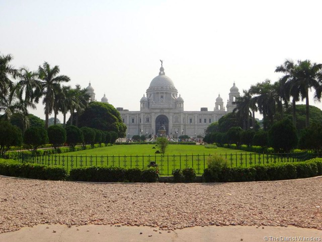 Viahera Vlogs - Kolkata - Victoria Memorial Entrance