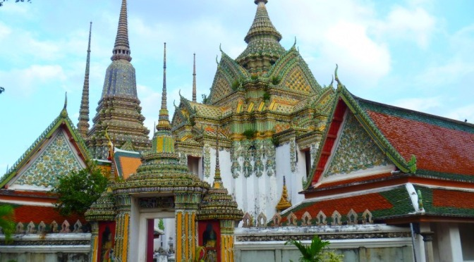 Backpacking South East Asia: Walking Around Rattanakosin Island, Bangkok
