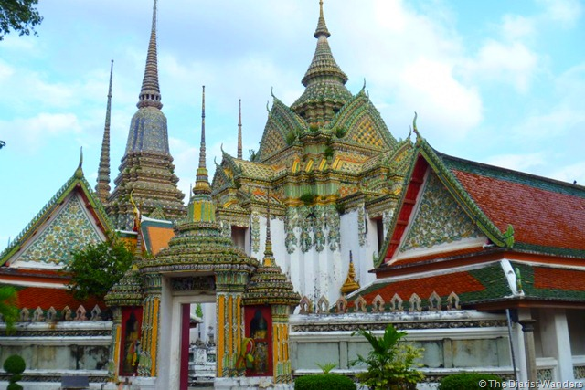 Backpacking SEA - Bangkok - a temple in Wat Pho complex