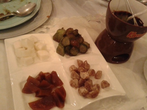 Batangas Pride (assortment of rice cakes and glutinous rice with chocolate fondue)