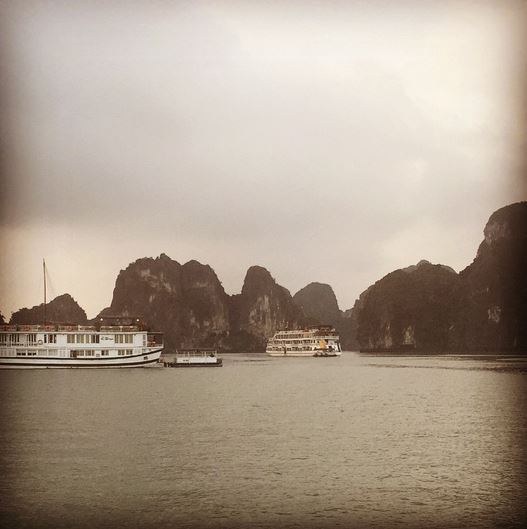 100days-photo39-ha long bay vietnam